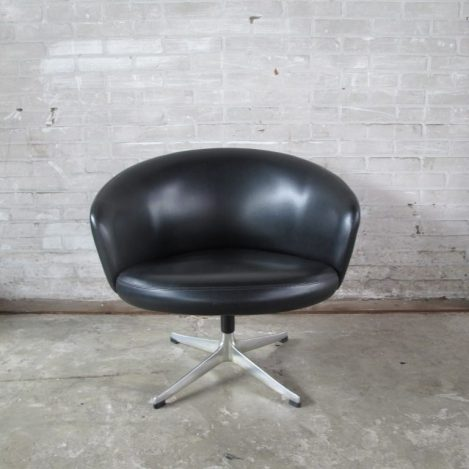Fauteuil Yngve Ekstrom Rondino swivel chair Swedese 1950