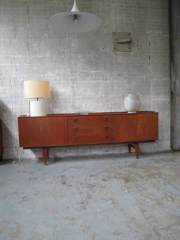 Dressoir Fristho Deense stijl jaren 60 warm teakhout