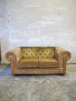 chesterfield lounge bank bruin lederen stoffen