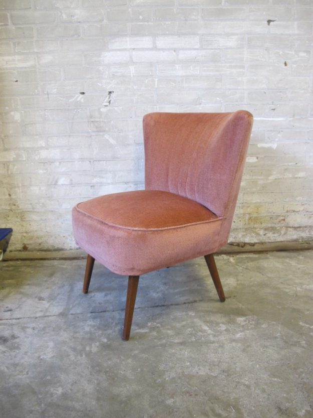 fauteuil pastoe oud rose stoffen bekleding