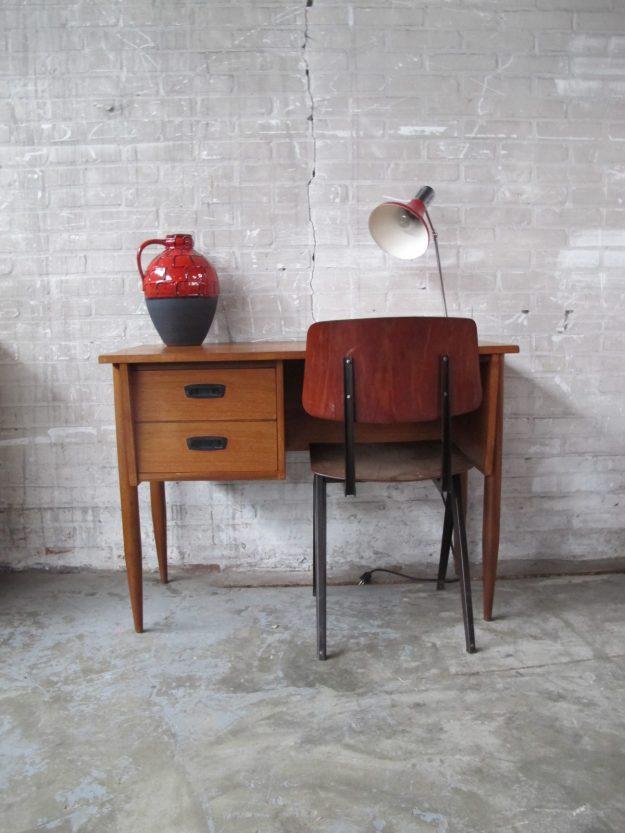 jaren 60 teakhouten bureau