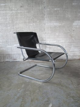lederen lounge chairs