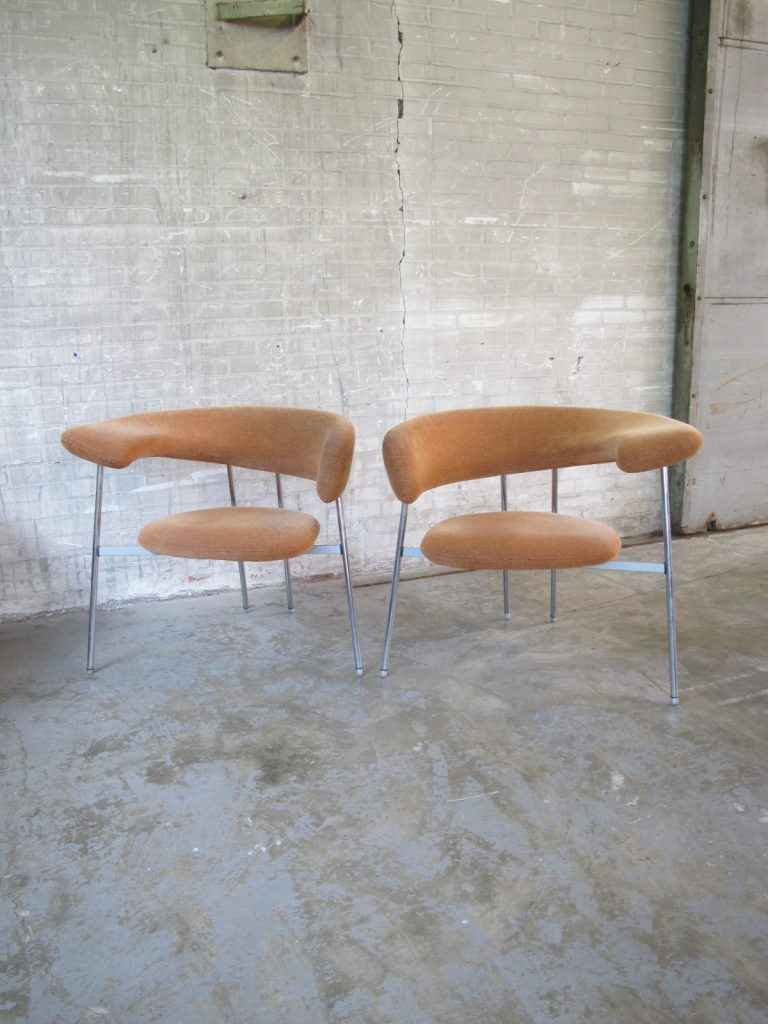 Design Fauteuil Tweedehands.Twee Divi Divi Design Fauteuils Mark Van Tilburg Voor Leolux Jaren 80