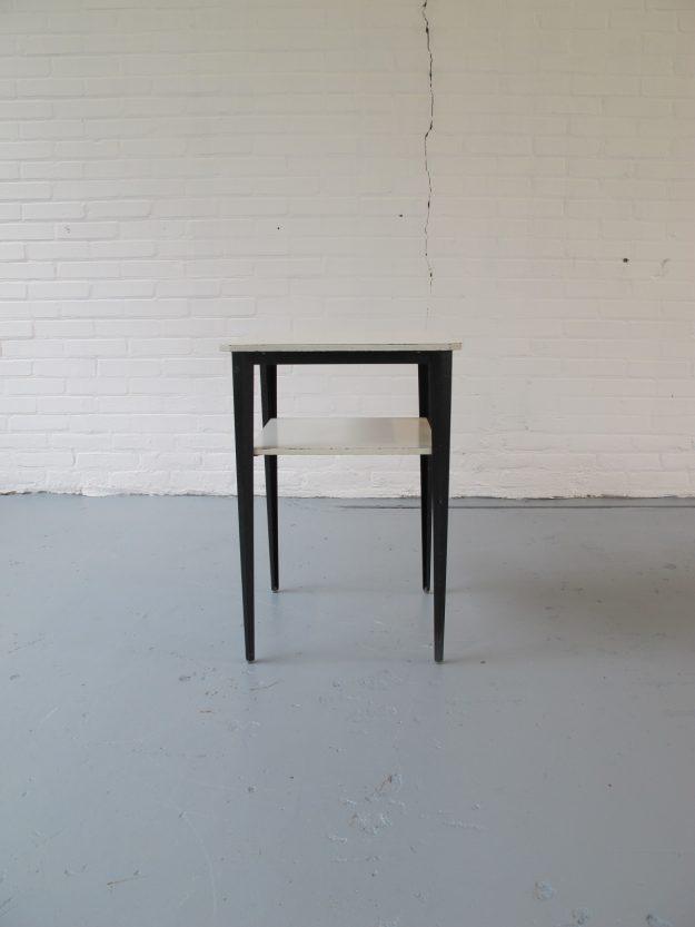 Wim Rietveld Ahrend de Cirkel Rebel telefoon tafeltje tafel