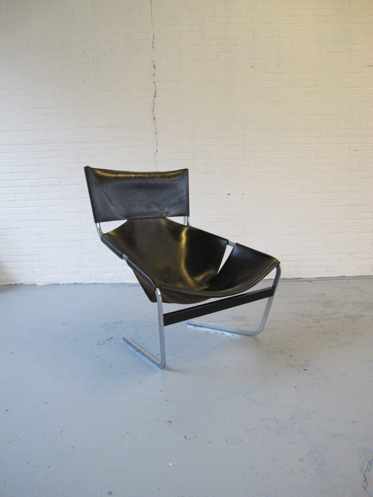 lounge fauteuil pierre paulin tweedehands bij tussen cor kitsch. Black Bedroom Furniture Sets. Home Design Ideas