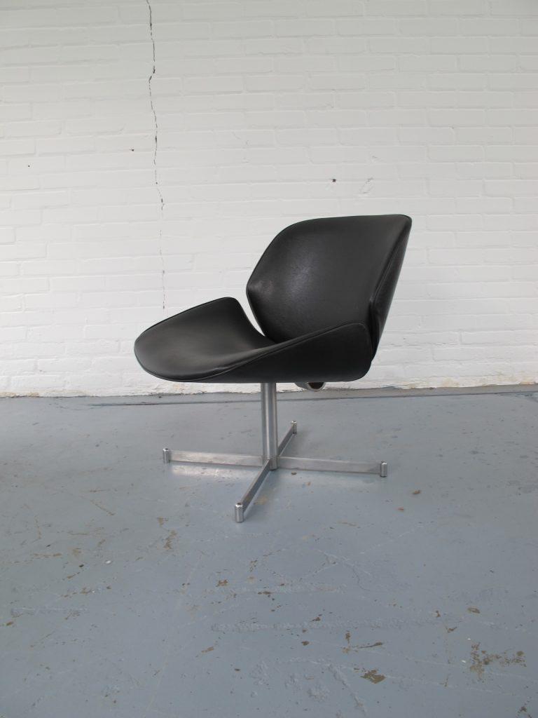 Fauteuil vintage artifort geoffrey harcourt exquis for Tweedehands fauteuil