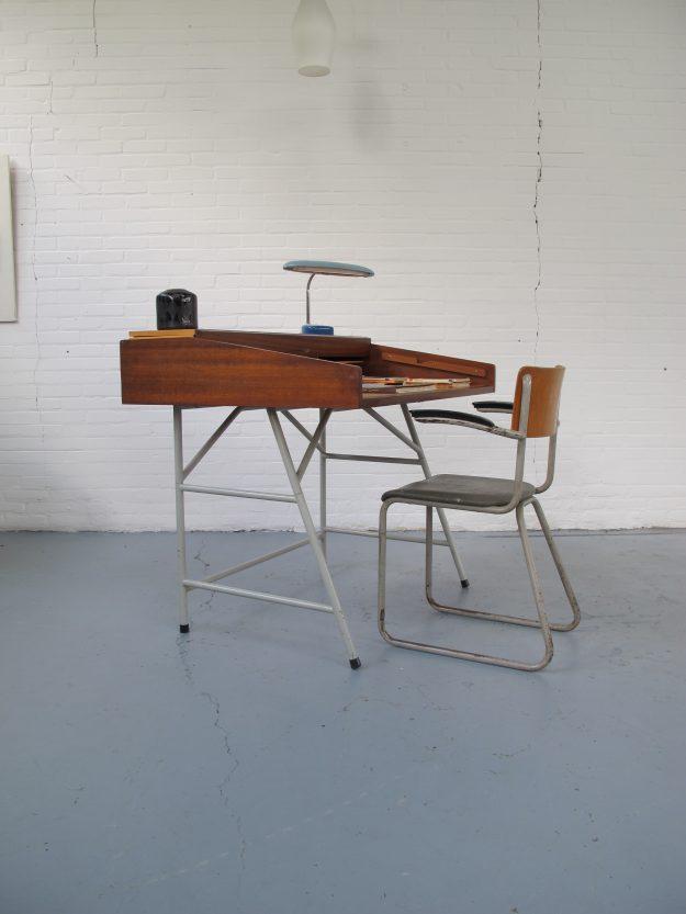 Ahrend de Cirkel Friso Kramer Industriële vintage bureau
