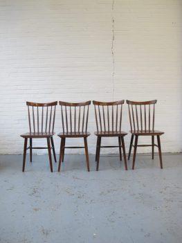 Pastoe Deense teakhout spijlen stoelen stoel vintage midsentury