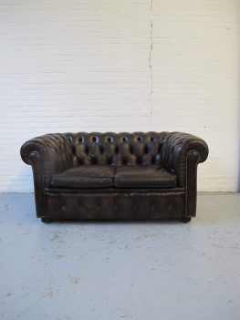 Engelse Chesterfield bank midcentury vintage