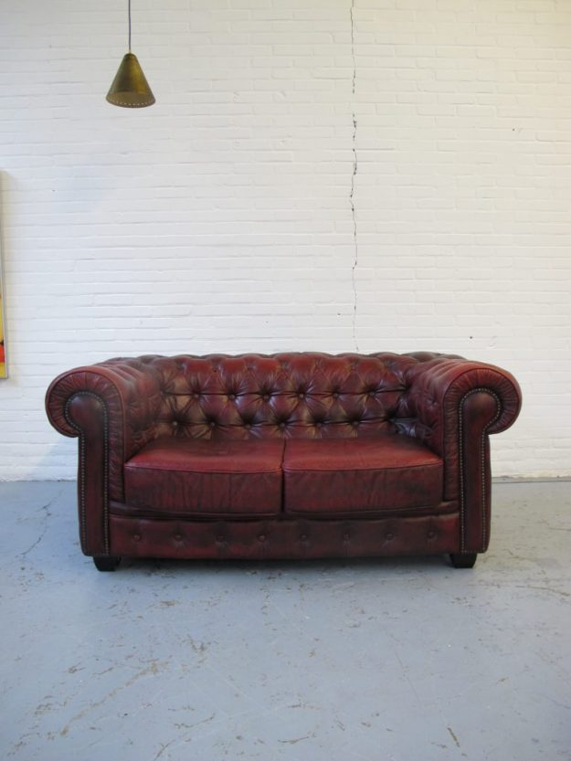 Engelse Chesterfield bank bankstel midcentury furniture vintage