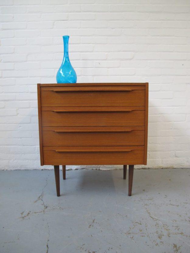 Johannes Andersen jaren 60 teakhout ladekast midcentury furniture vintage