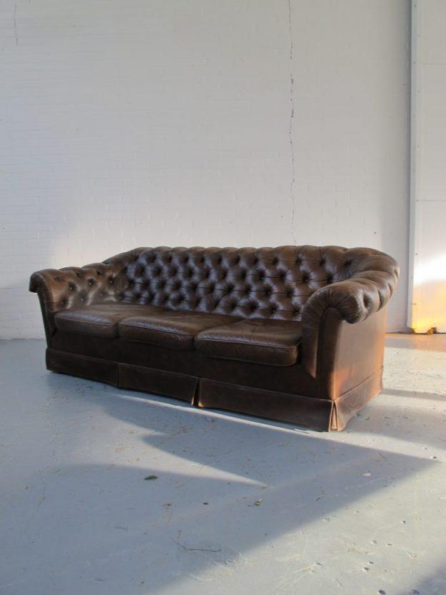 Bank Originele Engelse Chesterfield stijl bankstel Midsentury vintage