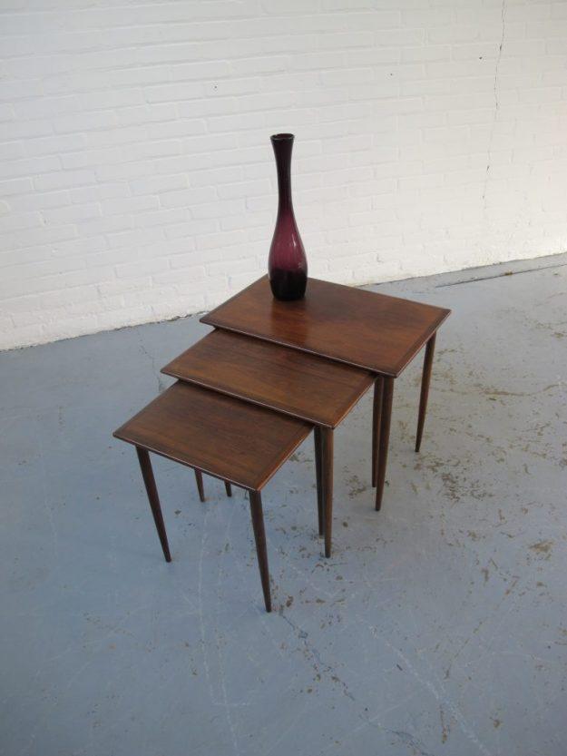Tafel miniset nesting tables Johannes Andersen palissanderhout Midsentury vintage
