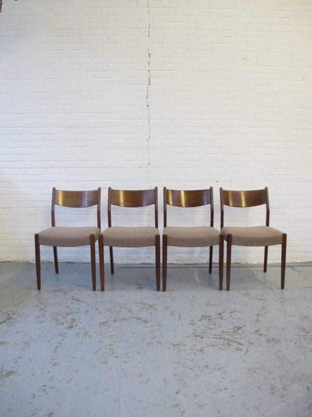 Cees Braakman Pastoe palissander stoelen midsentury vintage