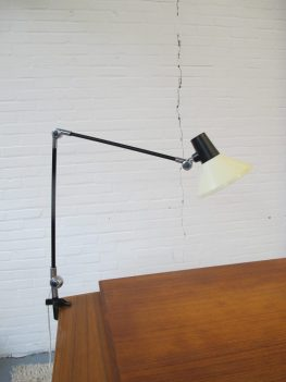 Lamp industriële Derungs Toplux Suisse bureaulamp midsentury vintage