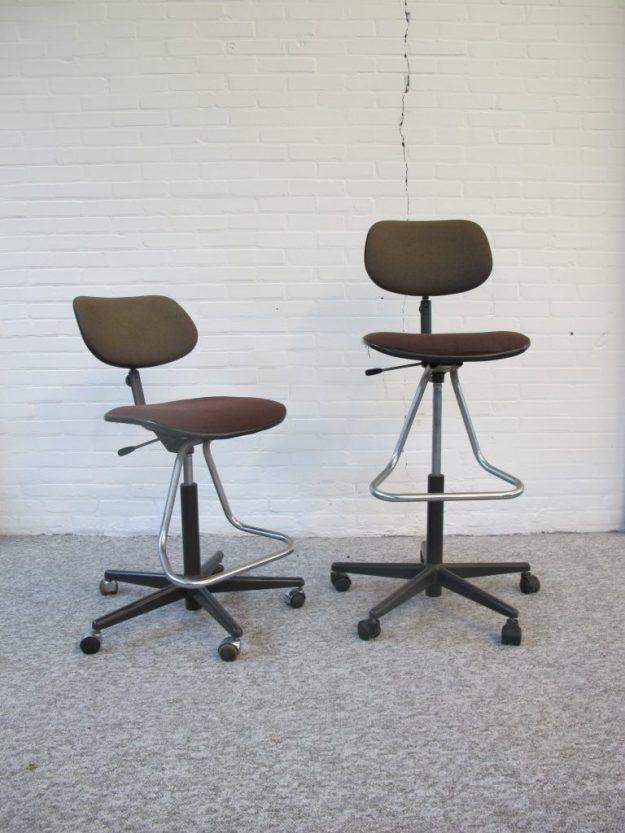 Stoel tekenkruk bureaustoel Friso kramer Ahrend de Cirkel vintage midcentury