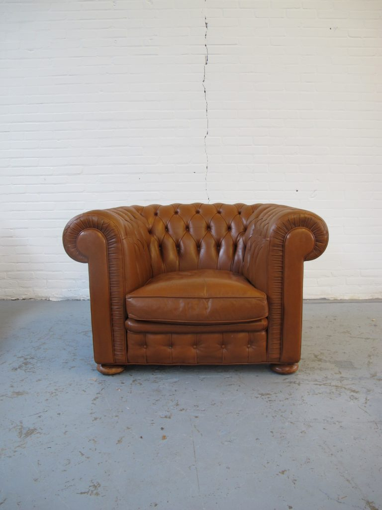 Engelse Leren Fauteuils.Bank Diversen Originele Engelse Chesterfield Banken En Fauteuils