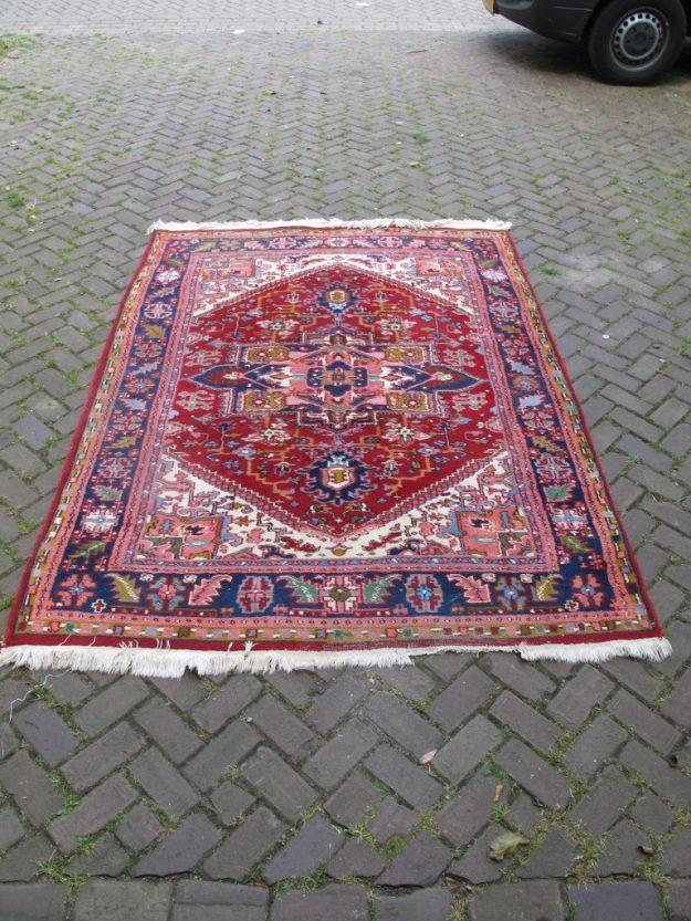 Perzische Balouch Turkmenen grote romantische vloerkleden vintage midcentury