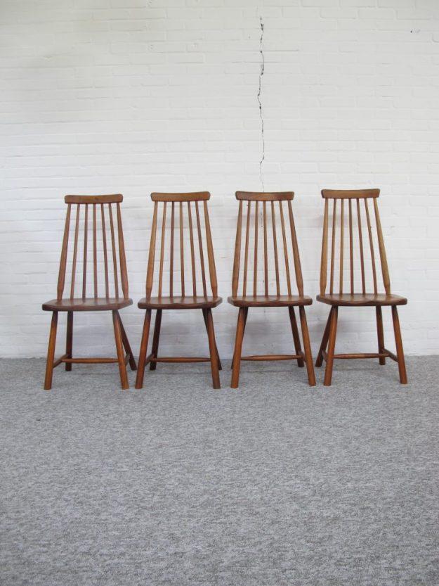 Spijlen stoelen Ilmari Tapiovaara Pastoe vintage midcentury