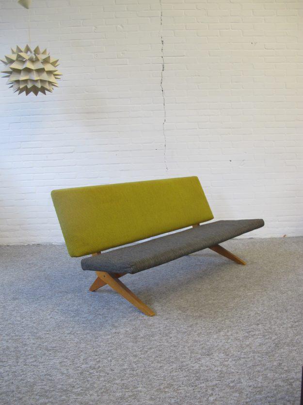 Pastoe bank FB18 Scissor sofa Jan van Grunsven Vintage midcentury
