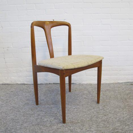 Stoel Juliana Johannes Andersen Uldum teakhout stoelen vintage midcentuy
