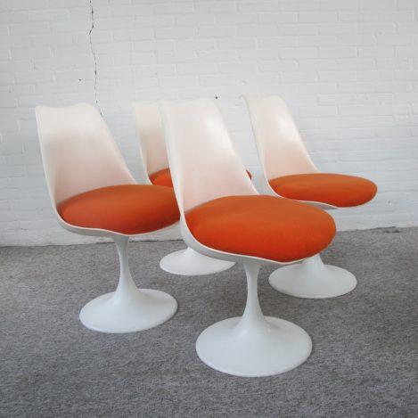 Tulpstoelen Tulip chairs Knoll Saarinen Pastoe Vintage midcentury
