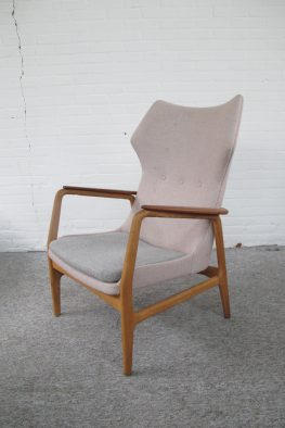 lounge fauteuil van Aksel Bender Madsen voor Bovenkamp