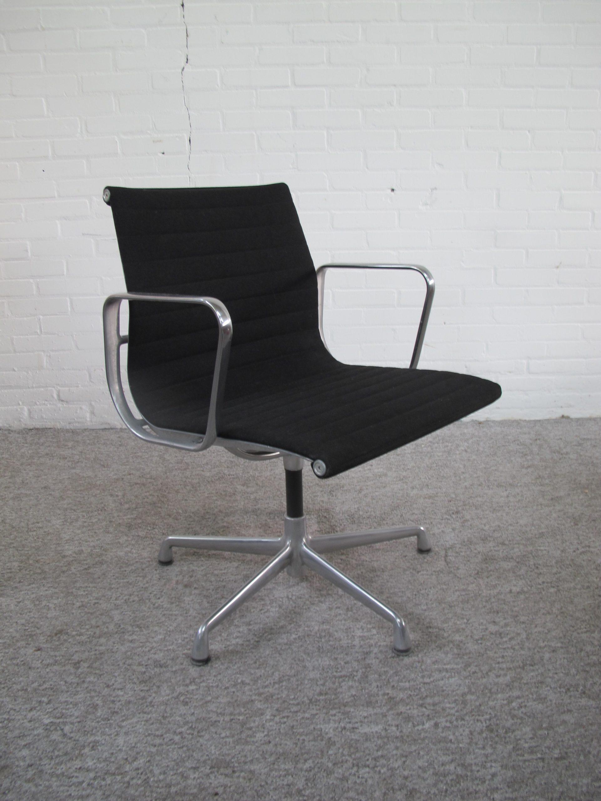 Eames Herman Miller EA 331 bureaustoel vergaderstoel officechair vintage midcentury