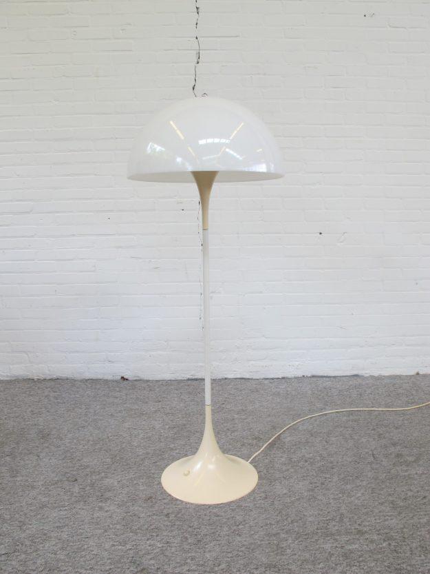 Louis Poulsen Panthella lamp vloerlamp Verner Panton vintage midcentury