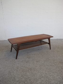 Tafel Louis van Teeffelen teakhouten salontafel vintage retro midcentury
