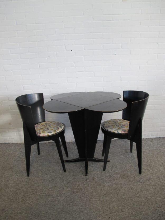Tafel hangoor tafelje dropleaf table stoelen rietveld Haagse school vintage midcentury