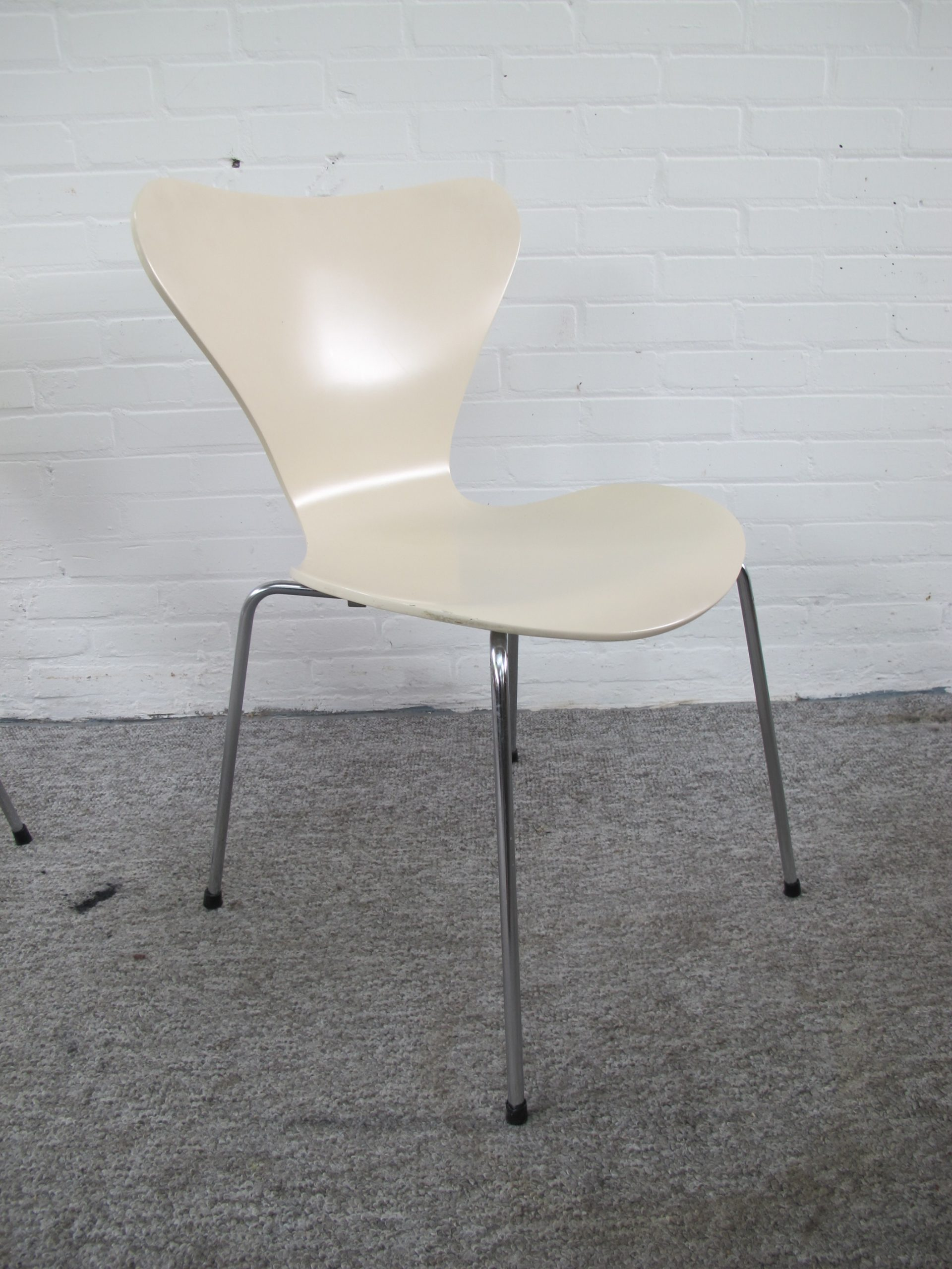 Stoel vlinder stoelen butterfly chairs Arne Jacobsen Fritz Hansen vintage midcentury